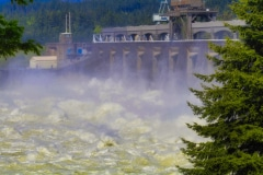 Rocking and Rolling at Bonneville Dam - Columbia River OR