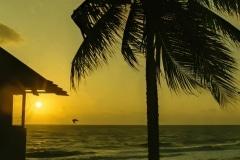 Sunrise-on-a-Beach-1-denoise-denoise-denoise-denoise
